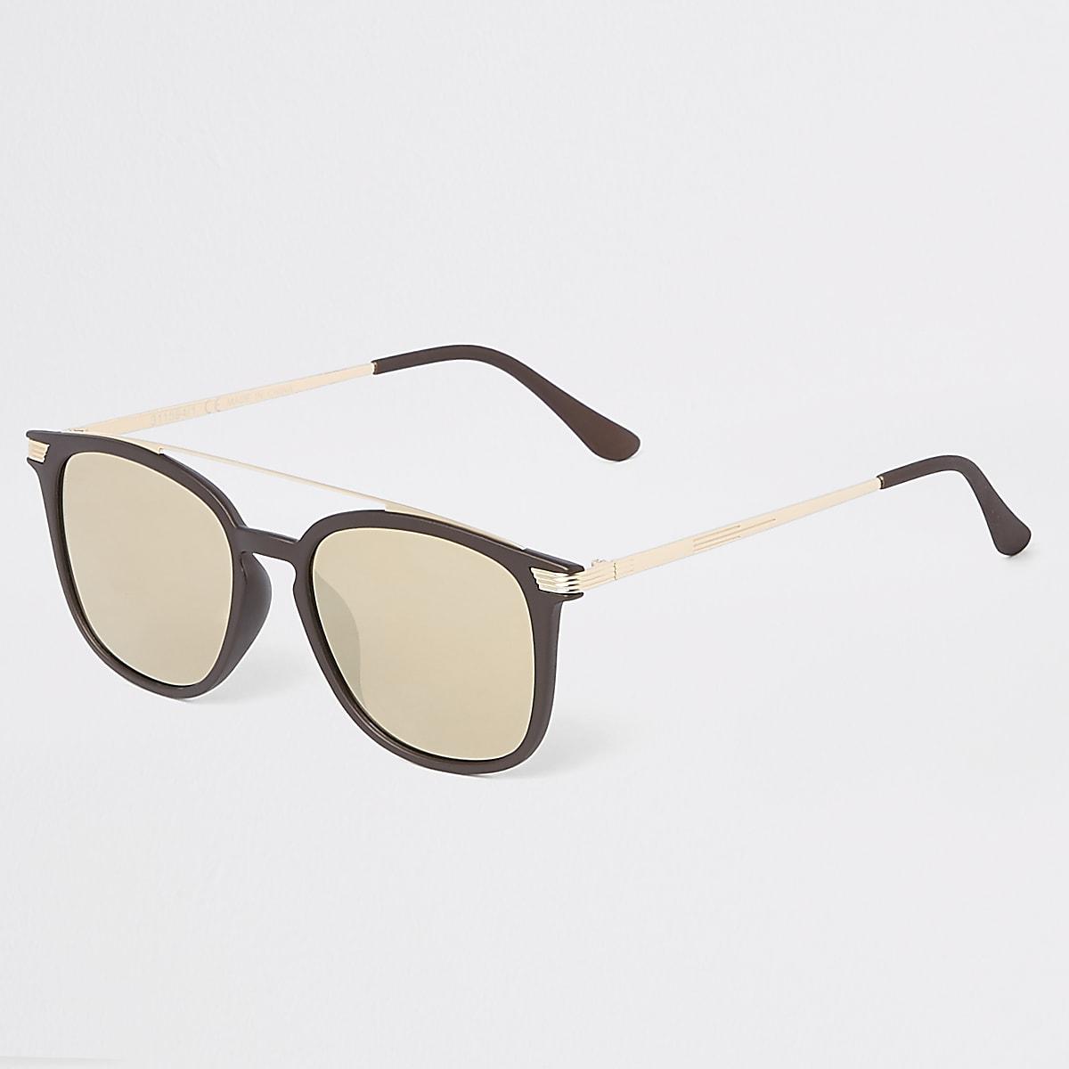 621f1d7cc Brown brow bar navigator sunglasses - Aviator Sunglasses ...