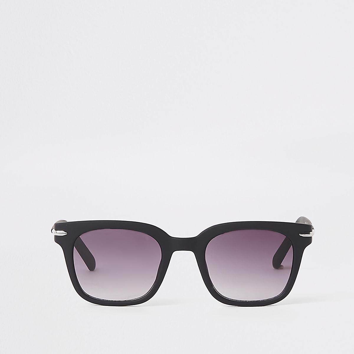 Black smoke lens slim retro square sunglasses