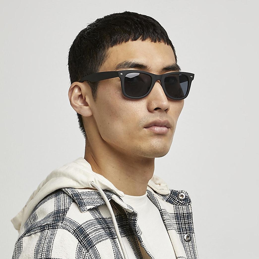 Zwarte retro zonnebril met vierkante grijze glazen