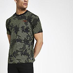 Superdry – T-shirt motif camouflage vert foncé à coupe carrée