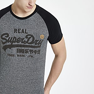 Superdry - Zwart T-shirt met raglanmouwen