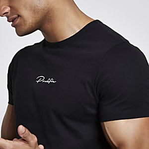 "Schwarzes Muscle Fit T-Shirt ""Prolific"""