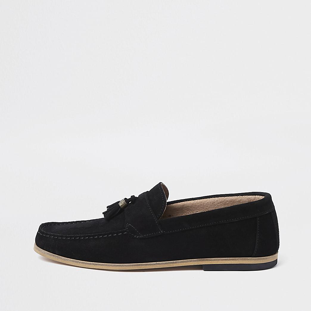 Zwarte suède loafers met contrasterende hak en kwastje