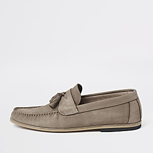 Stone tumbled leather tassel loafers