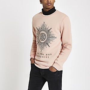 """Slim Fit Sweatshirt """"Seize the day"""" in Rosa"""