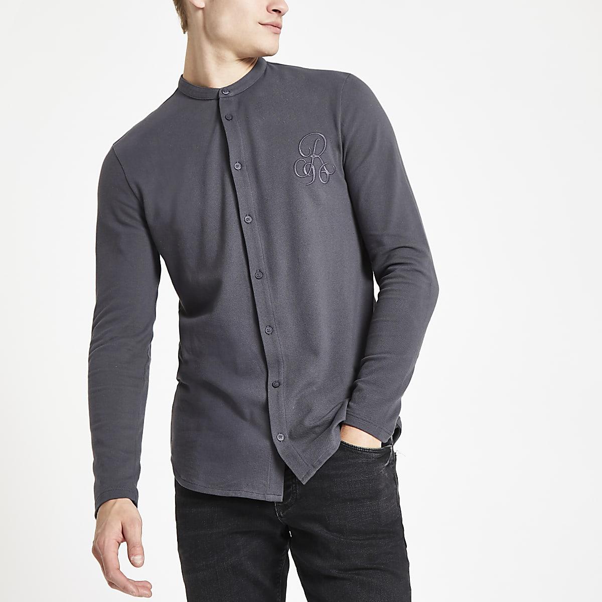 Donkergrijs Overhemd.Donkergrijs Aansluitend Overhemd Zonder Kraag Met R96 Print