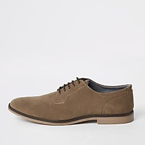 Tan tumbled lace-up derby shoes