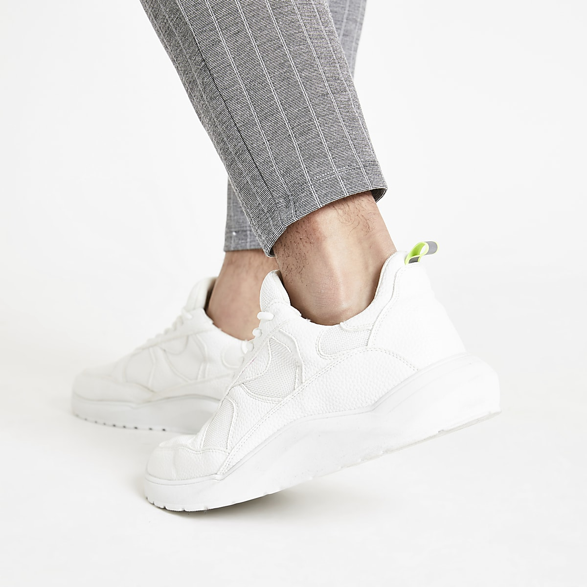 White chunky sole lace-up sneakers