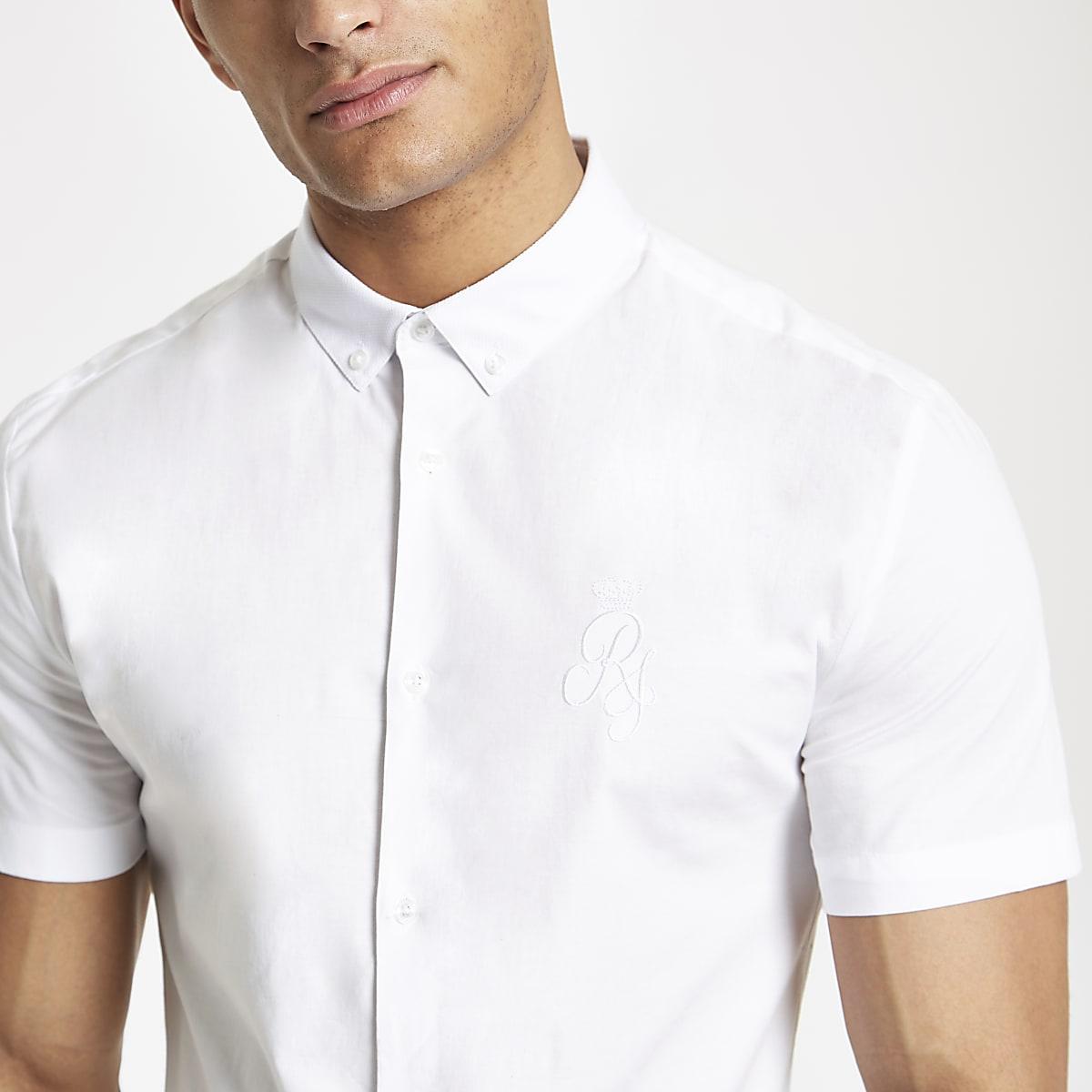 Chemise en popeline ajustée blanche avec logo RI brodé