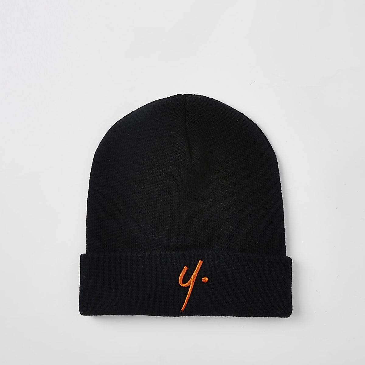 Year Dot black knit beanie