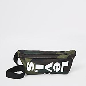 Levi'sl – Umhängetasche mit Camouflage-Muster in Khaki
