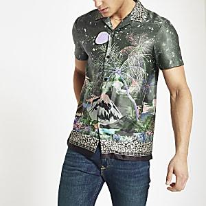 Chemise à fleurs kaki avec col à revers