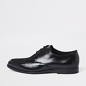 Chaussures Derby noires texturées ultra brillantes à lacets