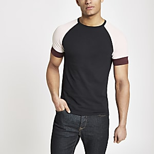 T-shirt ajusté bleu marine passepoilé