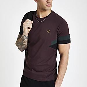 Bordeauxrood slim-fit T-shirt met korte mouwen en R96-print