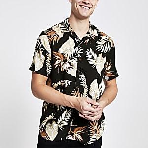 Only & Sons – Braunes T-Shirt mit tropischem Print