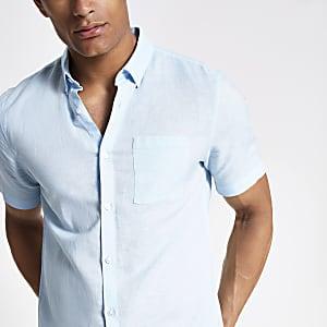 Chemise en lin bleu clair à manches courtes