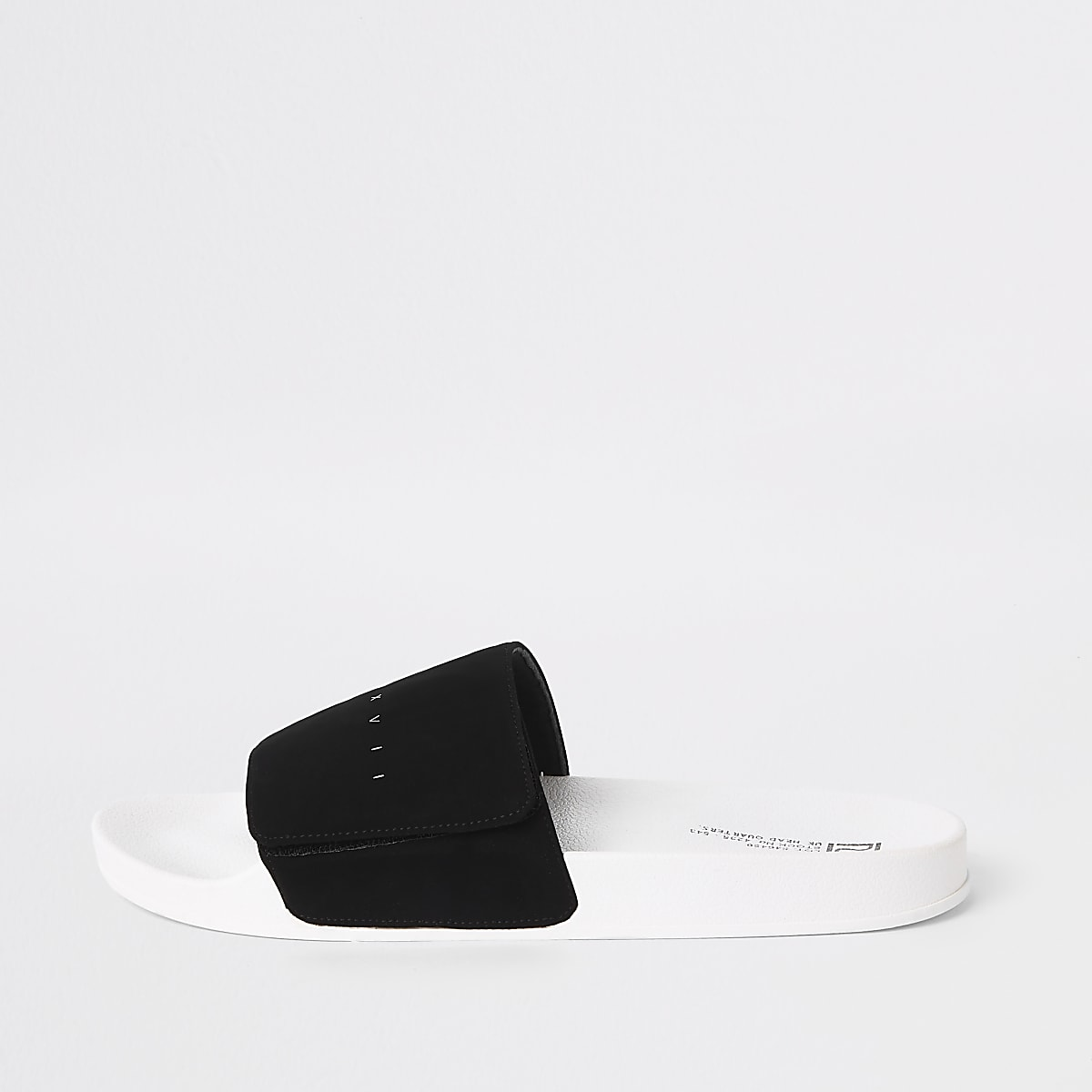 Zwarte slippers met 'MCMXVII'-print en klittenbandsluiting