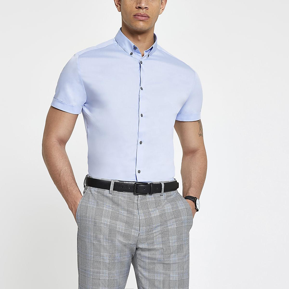 Chemise slim en popeline bleu clair à manches courtes