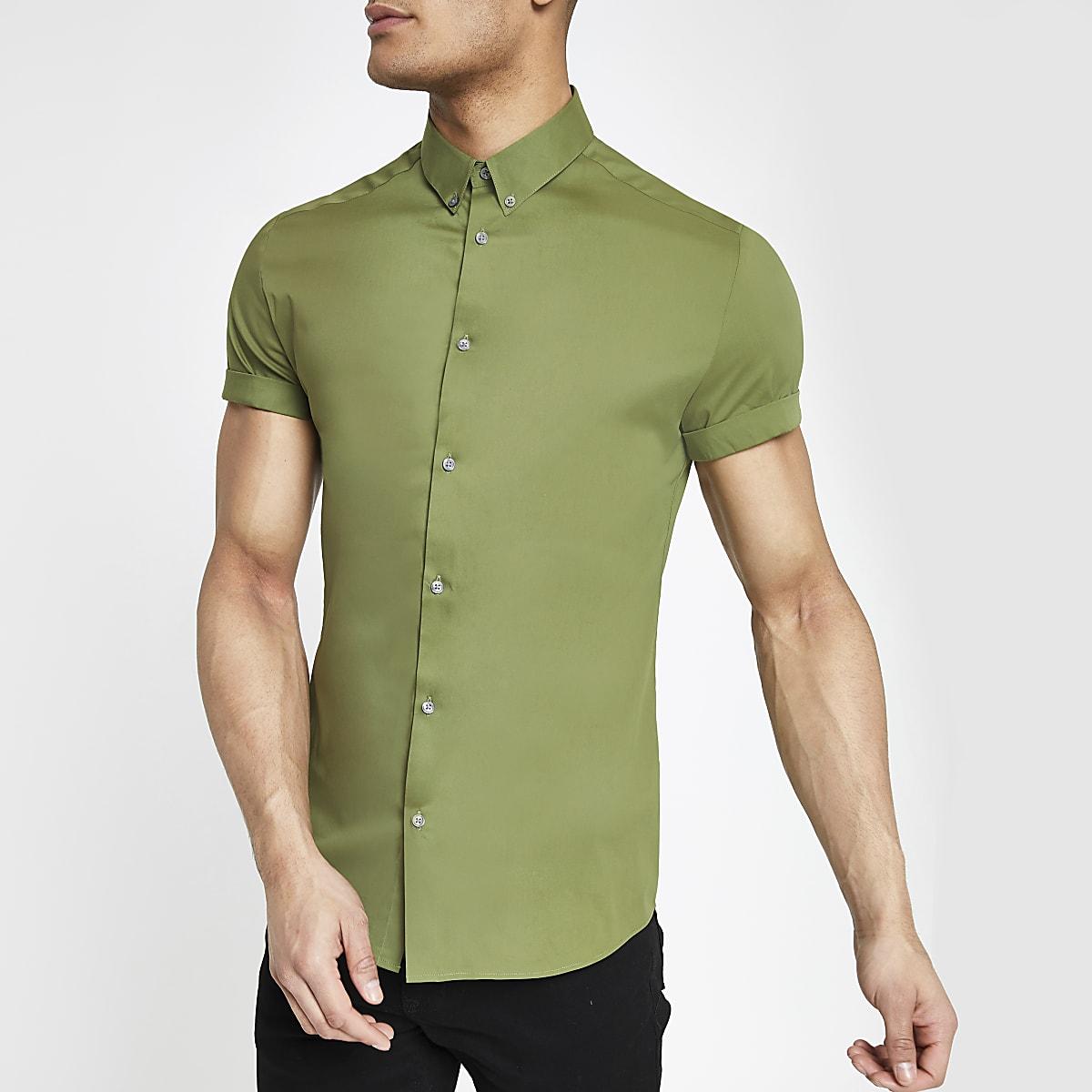 Chemise ajustée verte à manches courtes