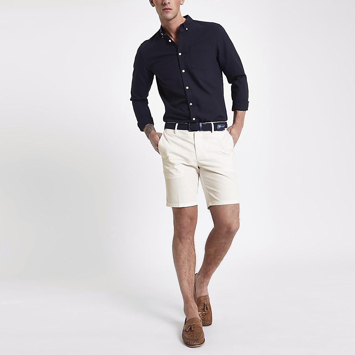 bd1b2bee937f2 Short slim chino blanc à ceinture - Shorts habillés - Shorts - Homme