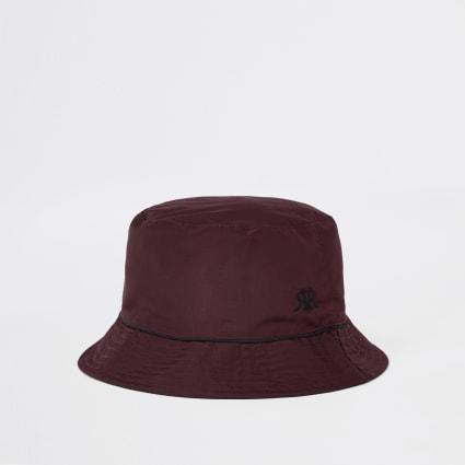 Burgundy piped reversible bucket hat