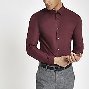 Bordeauxrood aansluitend overhemd met lange mouwen