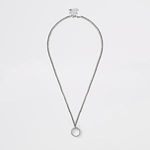 Zilverkleurige stevige ketting met ringen