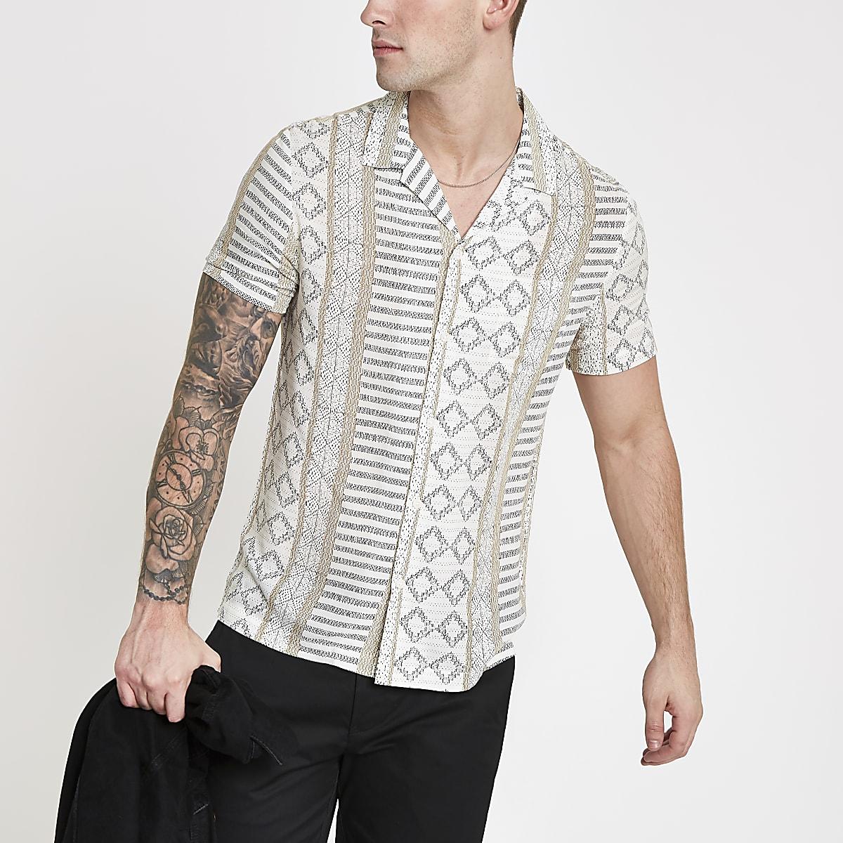 Chemise motif aztèque écrue à manches courtes