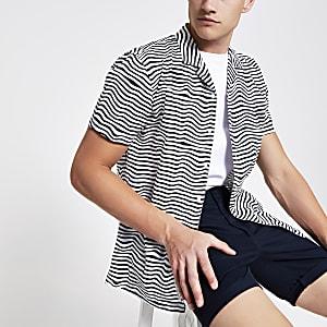Minimum - Wit gestreept overhemd met korte mouwen