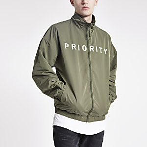 "Minimum – Khaki Jacke mit ""Priority""-Slogan"