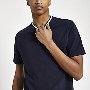 Marineblauw slim-fit T-shirt met contrasterend rand langs de hals