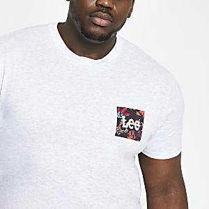 Lee – Big and Tall – T-shirt gris à imprimé sur la poitrine