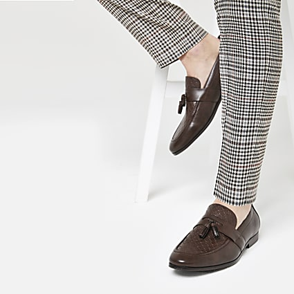 Brown RI monogram tassel loafers