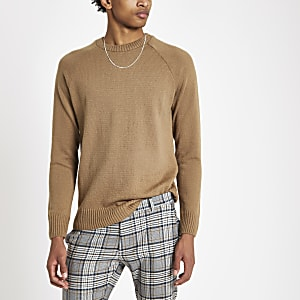 Bruine slim-fit zachtgebreide pullover