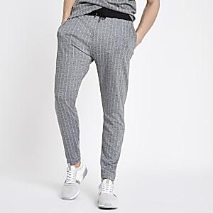 Pantalon de jogging slim à rayures fines gris