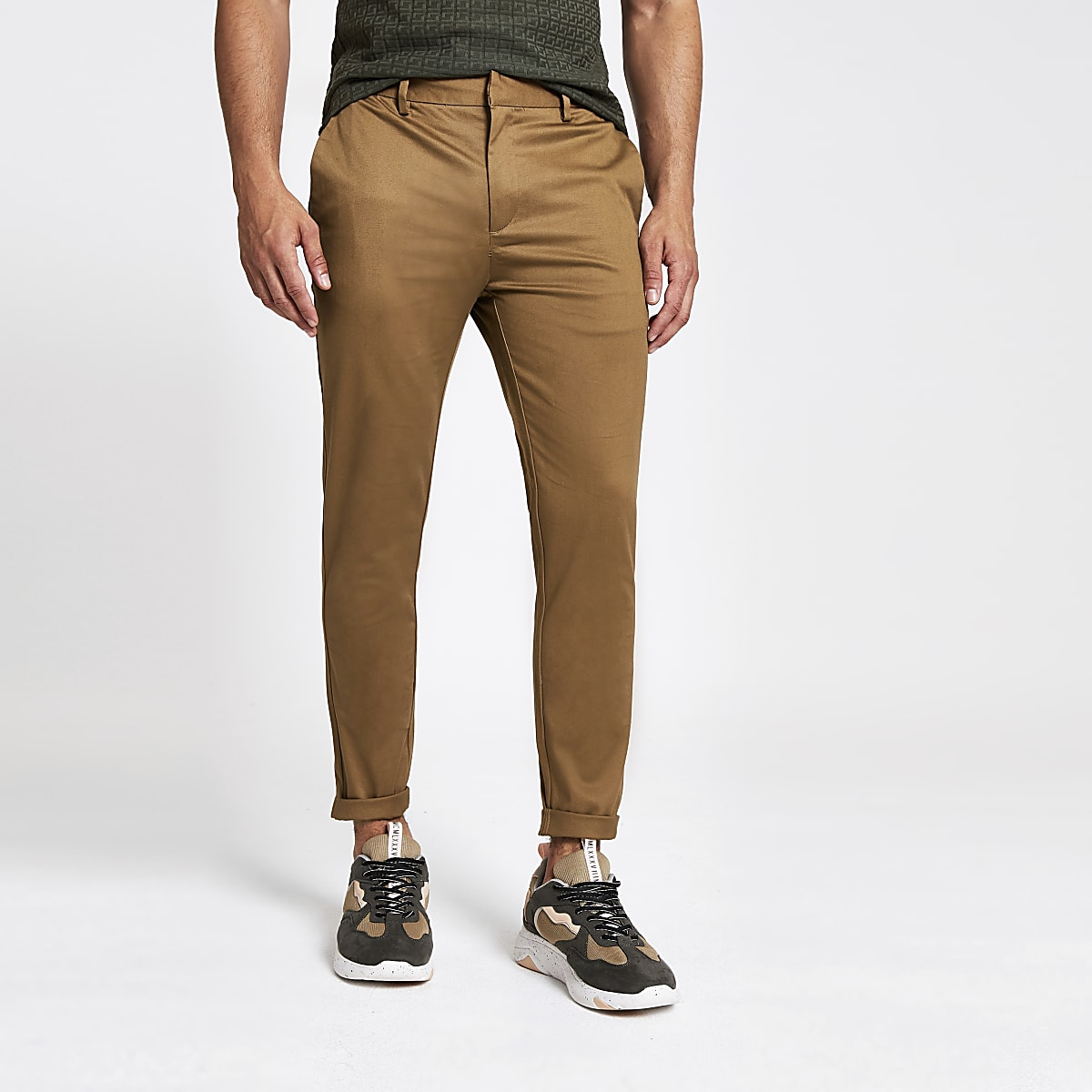 Light brown skinny fit cropped chino pants