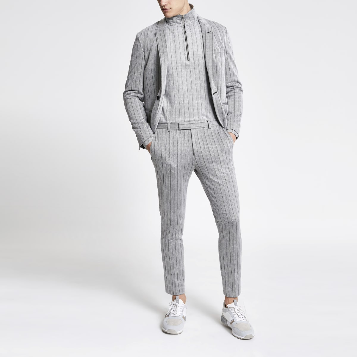 Pantalon court super skinny rayé gris