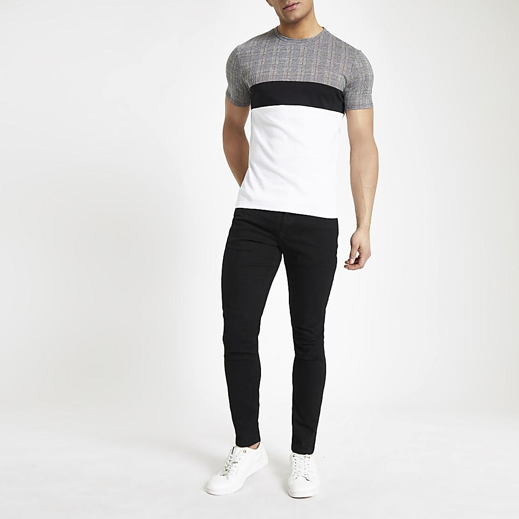 Wit aansuitend T-shirt met ruitprint