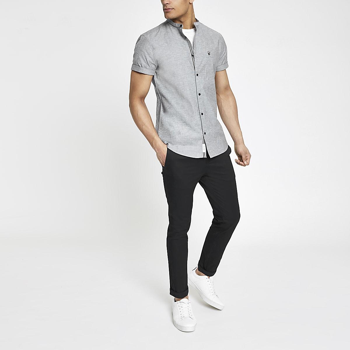 Grijs oxford overhemd zonder kraag met korte mouwen