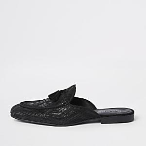 Zwarte geweven loafers zonder achterkant met kwastjes