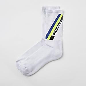 """Weiße, bestickte Socken """"Prolific"""""""