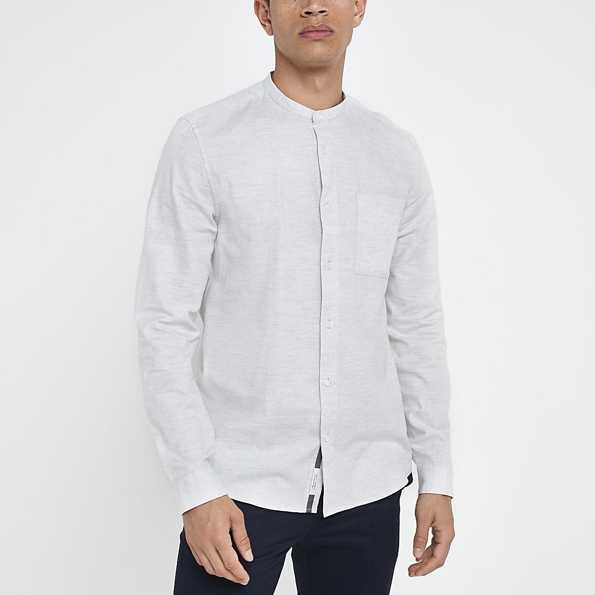 Grijs overhemd zonder kraag met visgraatmotief en lange mouwen