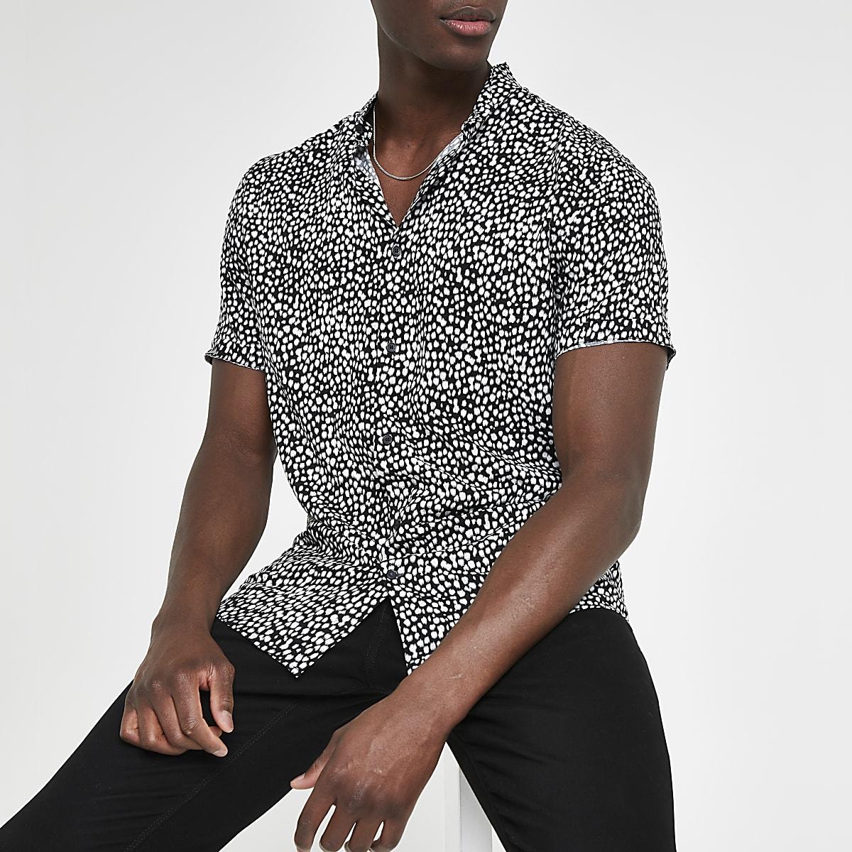 Black slim fit leopard print shirt