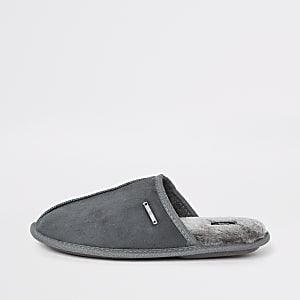 Chaussons gris style mules