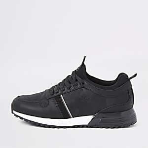 Black camo runner sneakers