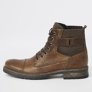 Light brown leather casual lace-up boots