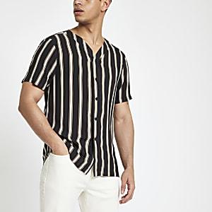 Chemise rayé noire à col baseball et manches courtes