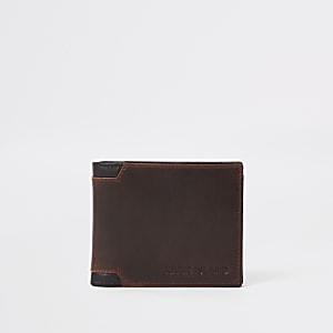 Portefeuille marron à coins renforcés