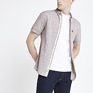 Donkerrood slim-fit overhemd van slubkatoen met textuur